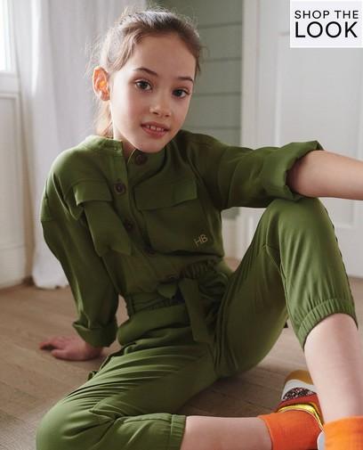 Stoer in een jumpsuit